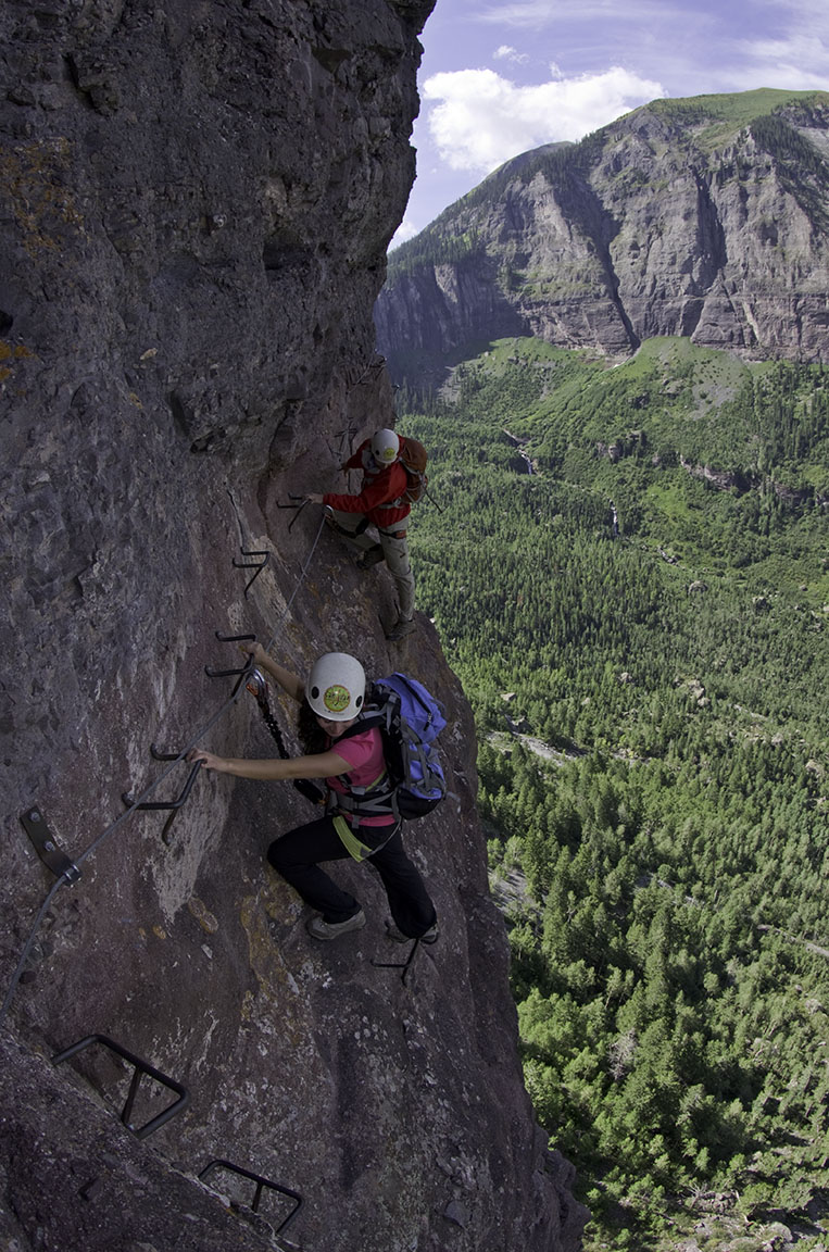 KJ Photo Safaris - Cliff Climbing