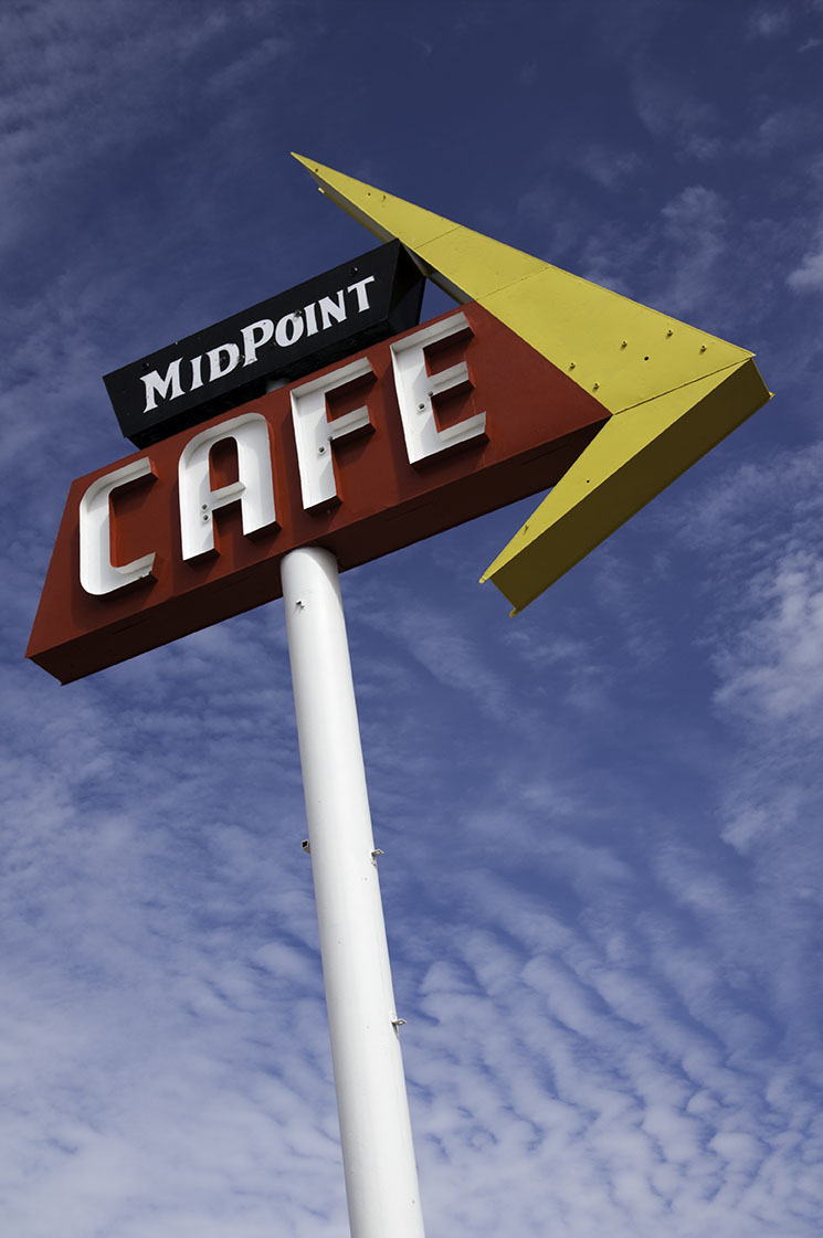Midpoint_20091003_0212.jpg